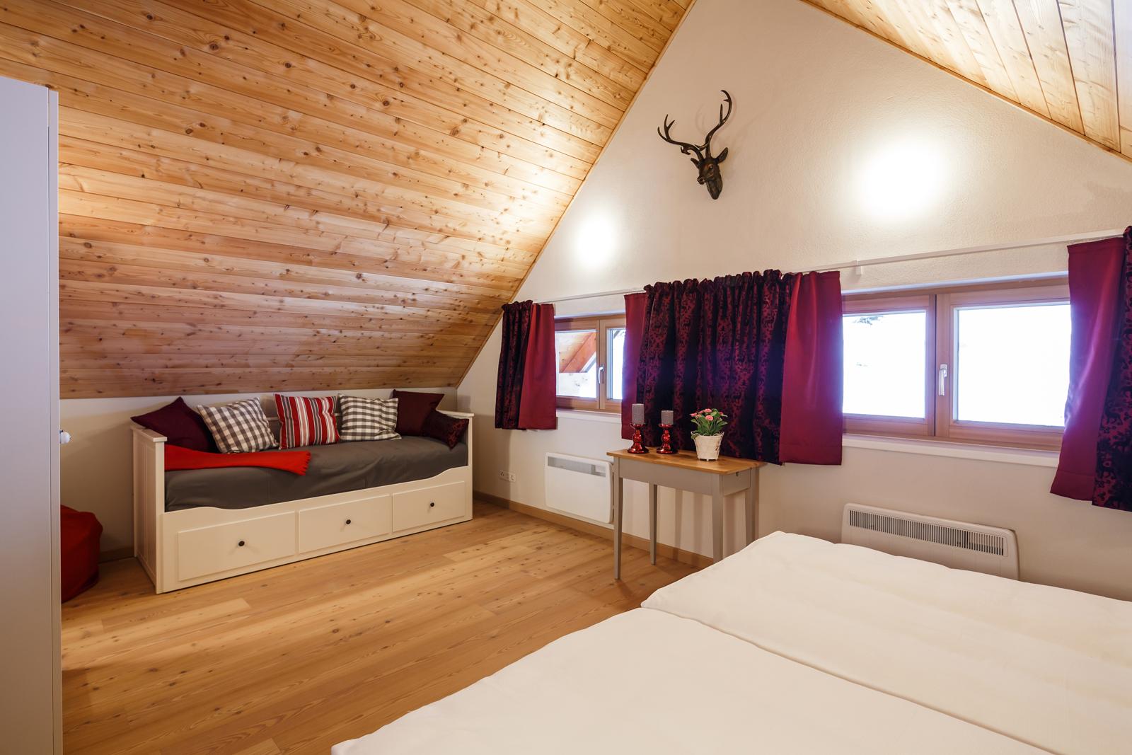Schlafzimmer Brunnach T4
